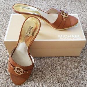 NIB Michael Kors slip on sandals